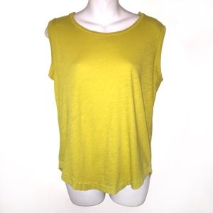 3/$20☀️Madewell Mustard Top Size Small